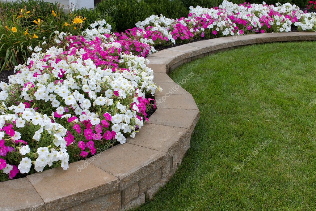 Four Creative Flower Bed Ideas to Get You Going | Garden ... on Flower Bed Ideas Backyard id=56270
